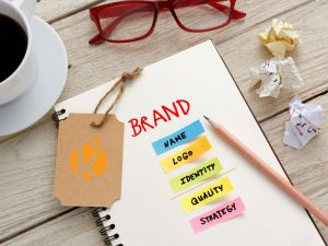Image that shows how the brand should be and its keypoints are highlighted.